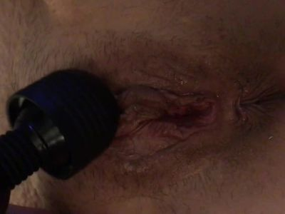 Big lips wife masturbates
