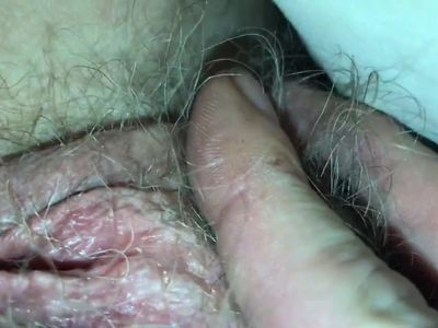 Me playing with wife&#039,s pussy