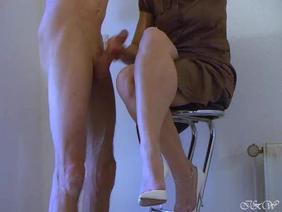 Calf Muscle Fucking - Cum on her big calf muscle and handjob