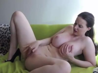 Big Tit GF Cums