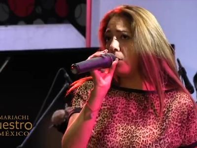 MILF Mexicana cantando Marisol Lopez