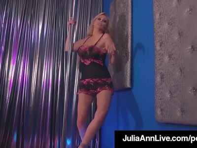 Double Blow Job with Hot Milfs Julia Ann & Jessica Jaymes!