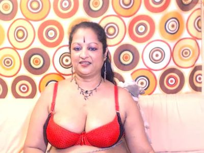 matureindian 3 on chaturbate