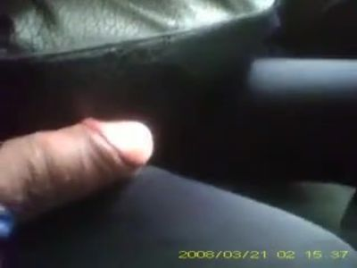 ENCOXCANDO PENE EN EL BUS