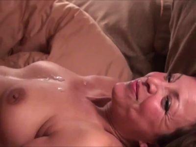 Cum on milf tits