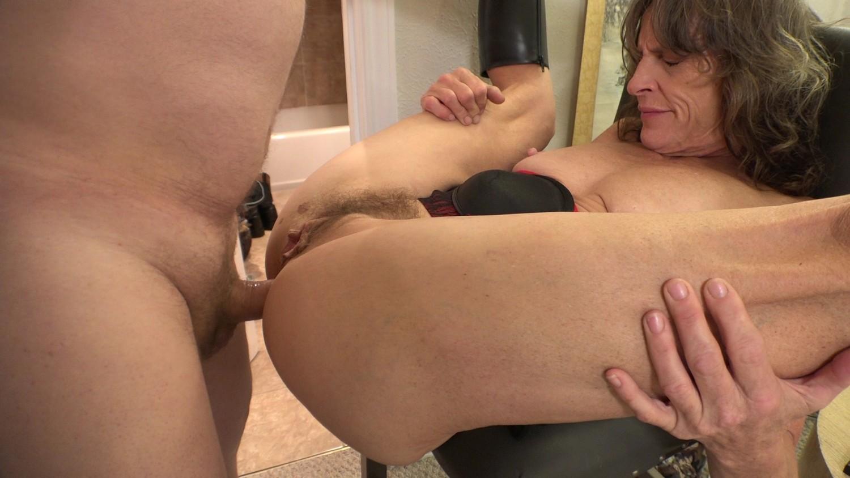 Mature anal abuse porn pics