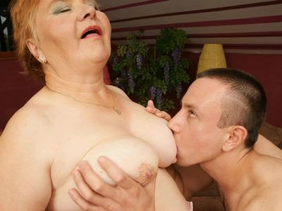 Slideshow 116. (#grandma #granny #mature)