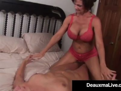 Busty Milf Deauxma Squirts in Magdelaine St.Michaels&#039, Mouth!