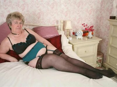 Slideshow 126. (#grandma # granny#mature)