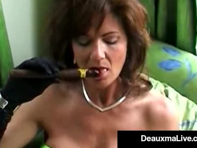Smoking Hot Cougar Deauxma Bangs Her Cunt &amp, Ass With A Cigar