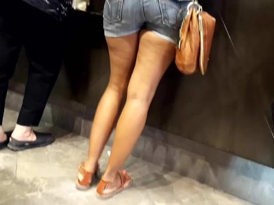 Her sexy mature legs feets and ass in shorts