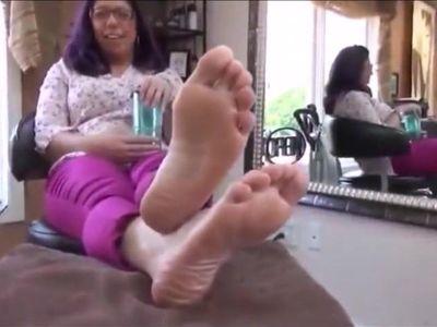 Cute Mature Feet