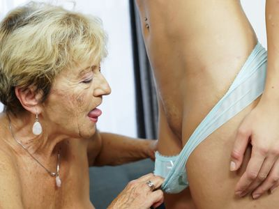 Granny Malya and her much younger friend&#039,s fresh pussy