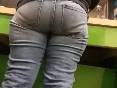 MATURE MEXICAN ASS