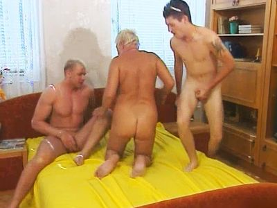 Chubby Granny In Threesome Action