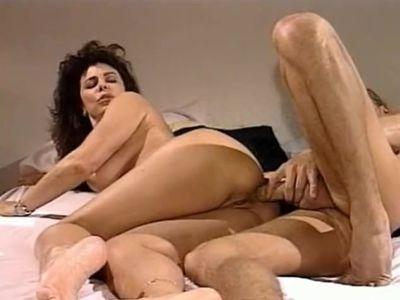 Ona Zee Anal sex