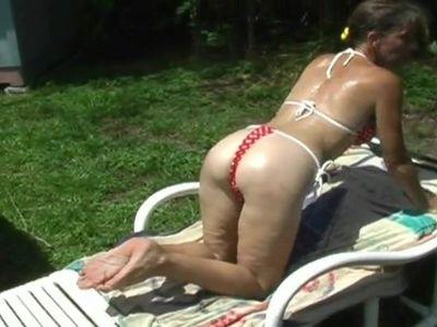 Sexy Florida Milf Ass In A Thong