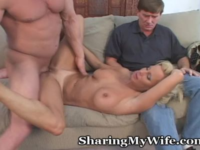 Mom Surrendering To Her Lust