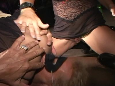 Bull clit cougar and slut MILF pals fuck like crazy ladies in Trapeze club