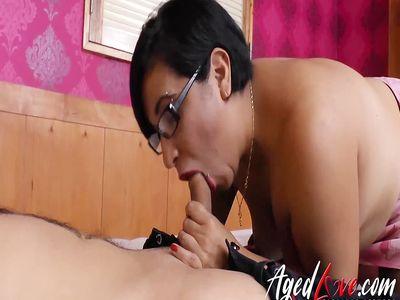 AgedLovE Hot Latin Mature Lady Hardcore Fuck