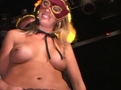 Masked Soccer Moms Suck-Fuck-Cum-Pt 1-Balling At The Bar