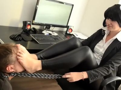 Mafia Boss's Daughter and Her Footboy