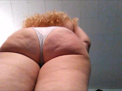 Mature Fat Ass Show
