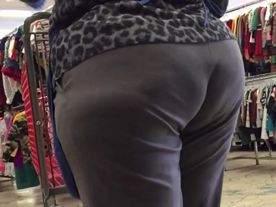 Mature Wide Hips Big Ass GILF