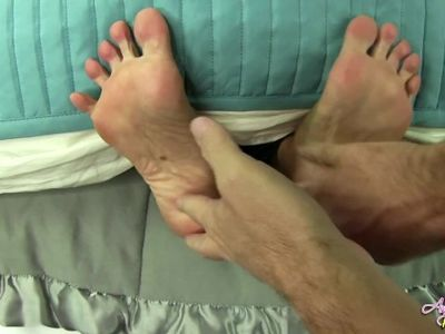 Ticklish Milf tickled on perfect rainbow feet