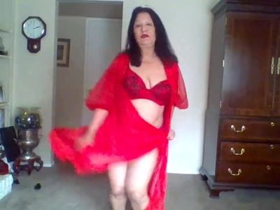 Mature Latina woman and I love the color red