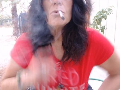 MOMMY BLAZES at dawn on 4th of July- Smoking Fetish