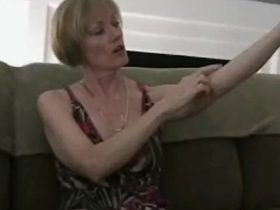 Granny Celebration With Amateur GILF Melanie
