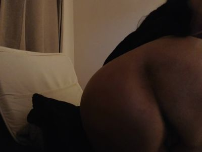 MATURE MOM smokes and shows off big ass in middle of night