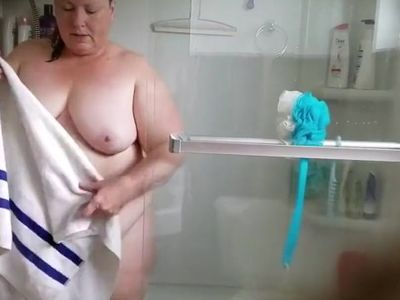 Bath time for fat wife 5-7-2018