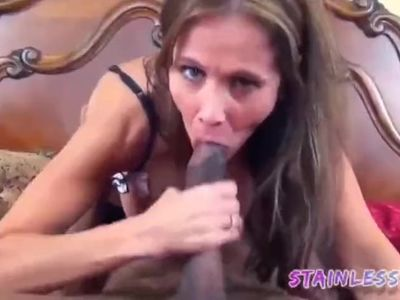 Sexy Figure Cougar Milf Hunts BBC and Fuck them.