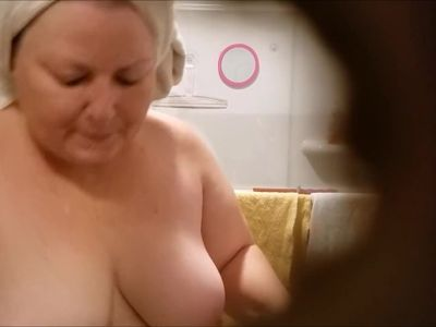 Fat wife cleans the shower 1-10-2018