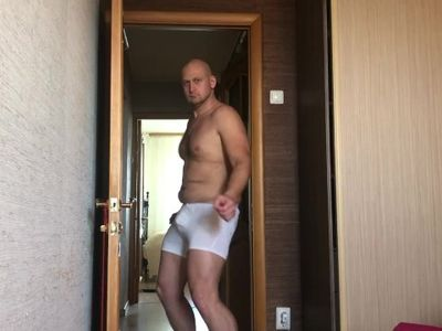 Very sexy dancing from a chub guy from Ural Russia