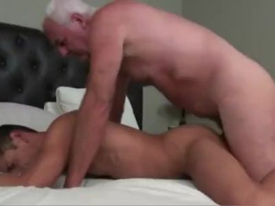 Horse hung Grandpa pounds an athletic young jock