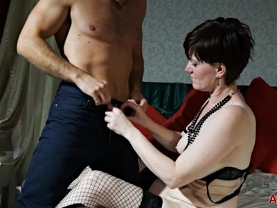 Pretty British MILF enjoys a good fuck with younger man