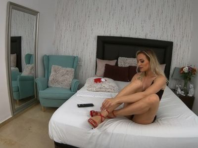 4k katevixxen livejasmin feet in red high heels adoration