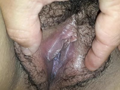 He open my creamy and hairy pussy