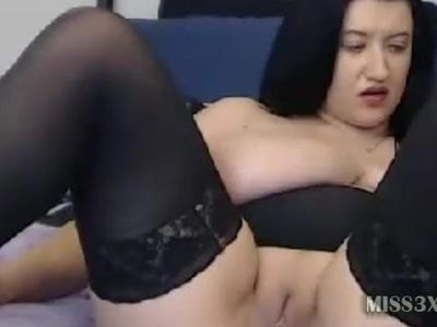 busty lady chating boys