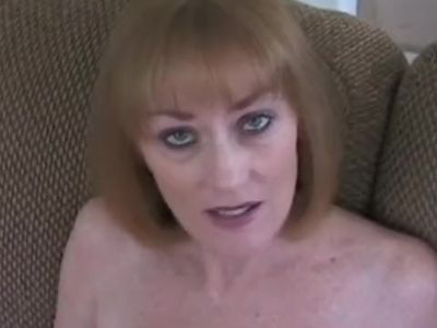 Deep Sex Play For Granny