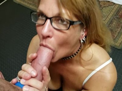 Mature Daizy Layne Loves To Fill Her Mouth With Cock and Deepthroat Swallow