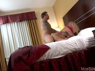 Stunning blonde MILF Pawg gets DP in HD ds1