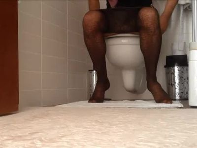 Pantyhose Mature Pissing Hidden cam