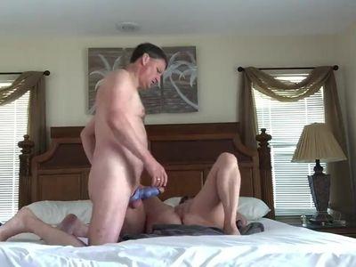 Amateur wife fucks husbands friend and lets him eat his own cum