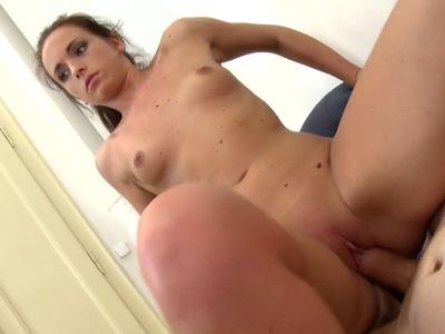 Young mom Nata Lee suck and fuck huge cock