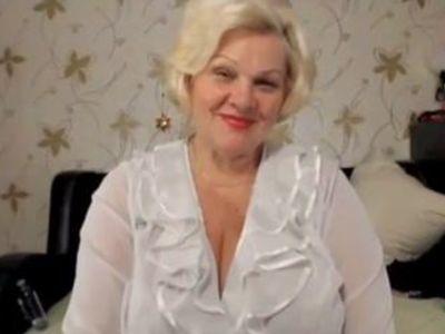 xhamster.com 5607899 blonde granny big tits 480p.mp4