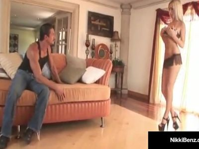 Penthouse Pet Nikki Benz Takes Tommy Gunn&#039,s Big Hard Cock!